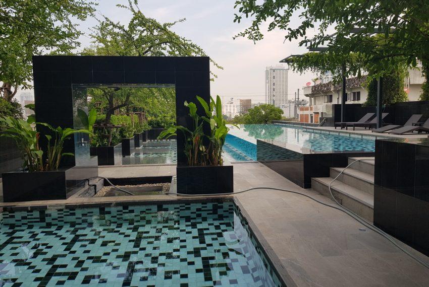 Circle Living Prototype - swimming garden