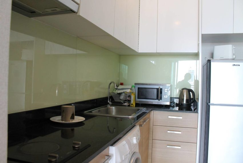 Circle Petburi_kitchen