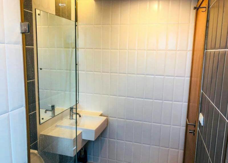 Circle-Phetchaburi-2-bedroom-sale-bathroom
