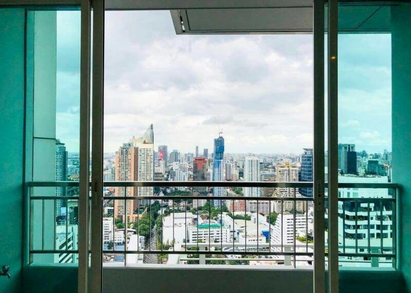Circle-Phetchaburi-2-bedroom-sale-nice-view