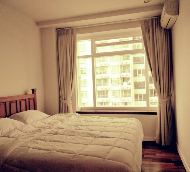 Big 1-Bedroom Condo for Sale in Asoke in Circle 1 in Phetchaburi Near Sukhumvit 11