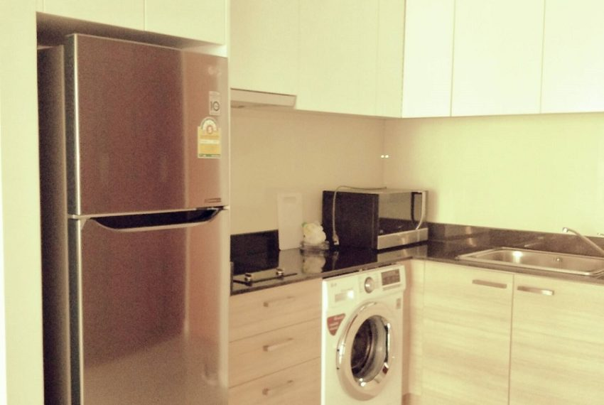 Circle Phetchaburi for sale and rent 1 bedroom mid floor - equipped kitchen