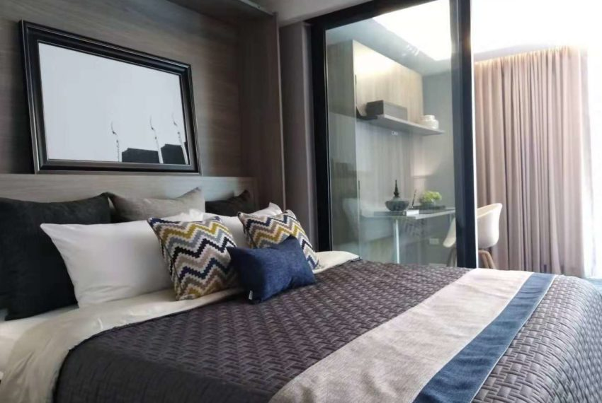 Circle Rein Sukhumvit 12-1-bedroom-bed