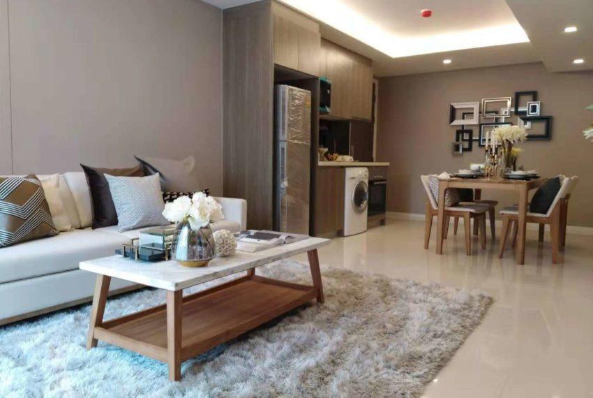 Circle Rein Sukhumvit 12-2-bedroom-dinning