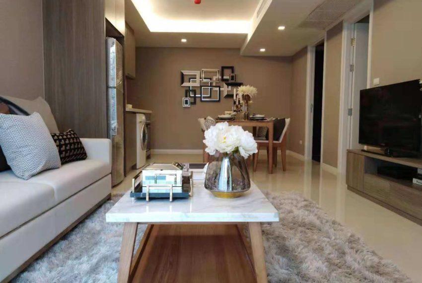 Circle Rein Sukhumvit 12-2-bedroom- living