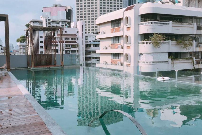 Circle S Sukhumvit 12 condo - Swimming pool