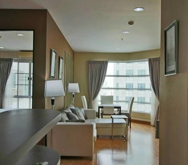 Rental of 2 bedroom apartment at Sukhumvit 18 - high floor - CitiSmart condo