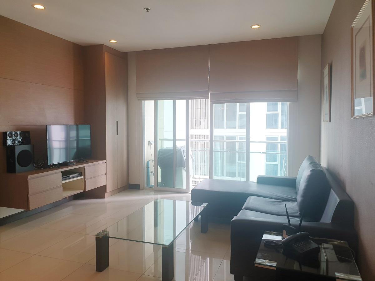 Big condo for rent at Sukhumvit 11 - 2 Bedroom - high floor - The Prime 11