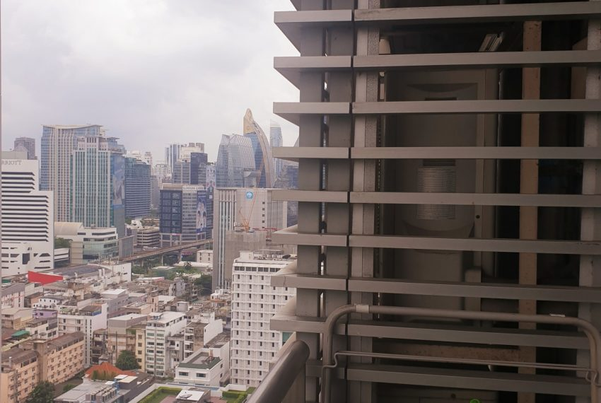 Condo for Rent in The Prime 11 - view