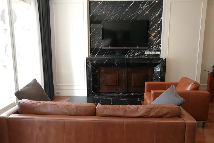 Condo for Sale in The Address Chidlom - Affordable 2-Bedroom - flat TV