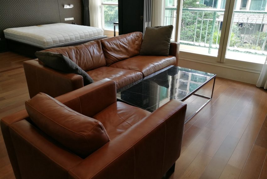 Condo for Sale in The Address Chidlom - Affordable 2-Bedroom - furnished
