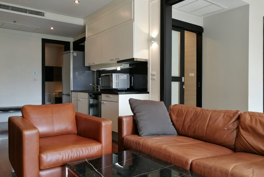 Condo for Sale in The Address Chidlom - Affordable 2-Bedroom - living room