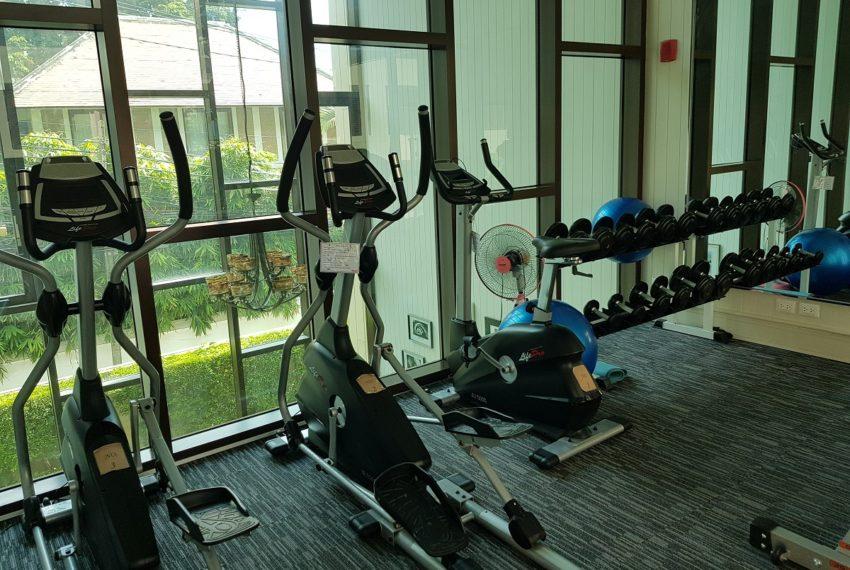 Condolette Dwell Sukhumvit 26 gym