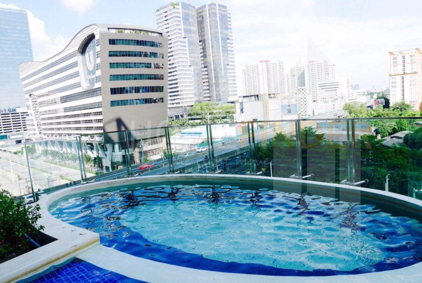 Condolette Midst Rama 9 Condominium near Rama 9 MRT - kids pool