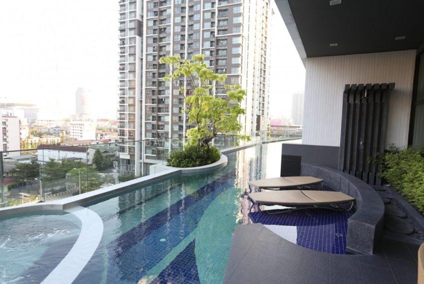 Condolette Midst Rama 9 Condominium near Rama 9 MRT - swimming pool