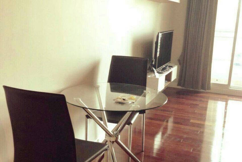 Crcle-Sale-livingroom1