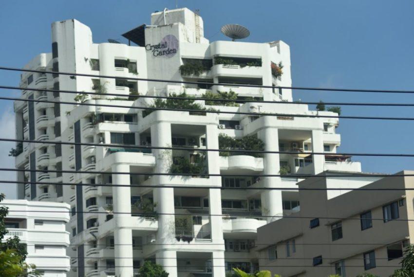 Crystal Garden condo SUkhumvit 4 - tower