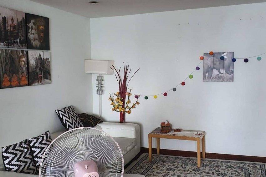 DS Tower 2-livingroom-sale_rent3