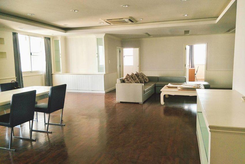 DS-Tower-High-floor-3b3b-sale-living-room