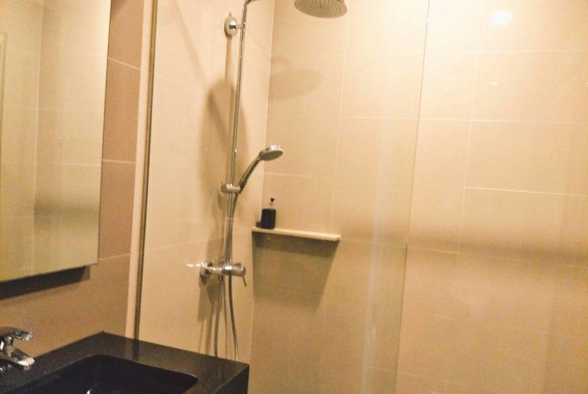 Edge Sukhumvit 23 - 1-bedrom-sale - mid-floor - toilet