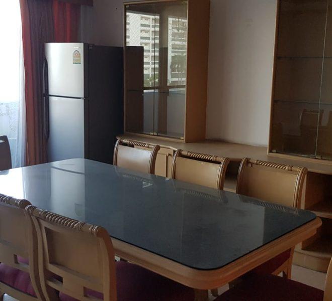 Empire House Condominium Ekamai 12 - 3-bedroom-sale-dining