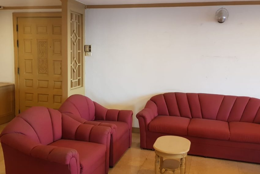 Empire House Condominium Ekamai 12 - 3-bedroom-sale-furniture