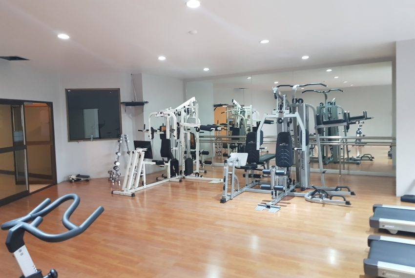 Empire House Ekkamai 12 - gym