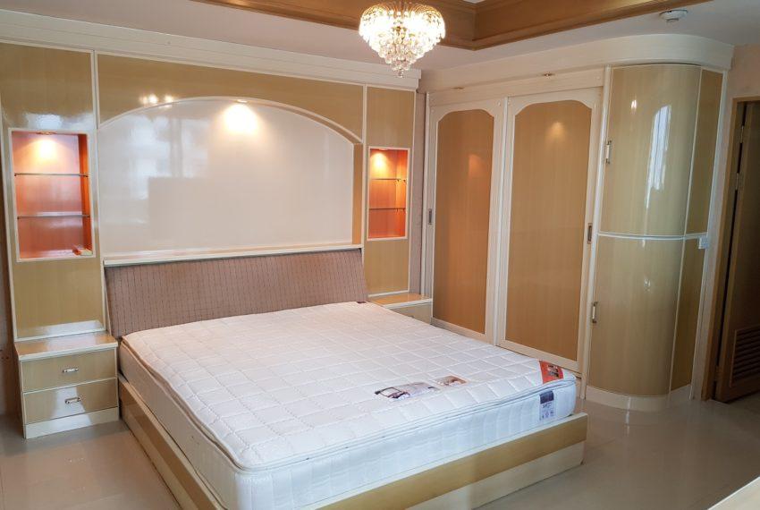 Empire House. Ekamai 12. 3 Beedroom. 4 Bathroom 2nd Bedroom