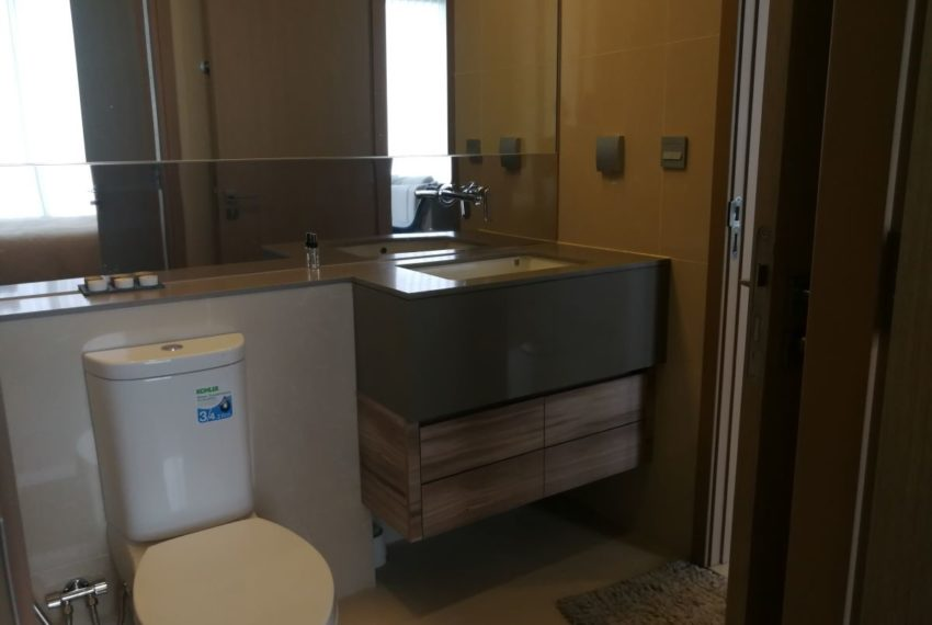 EsseAsoke47FL_2b2b_Bathroom1.1