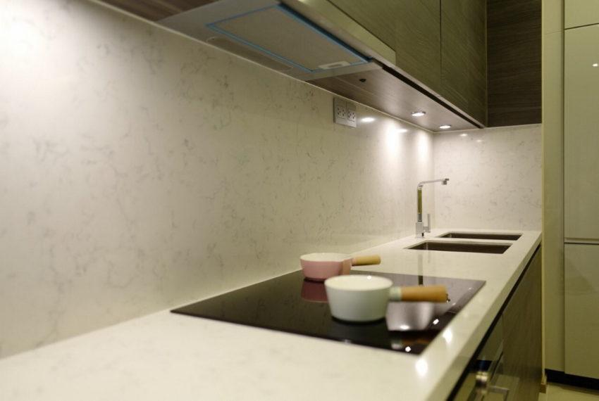EsseAsoke_2b2b_Rent75K_Kitchen1.1