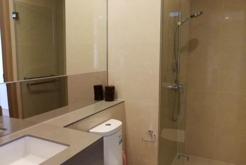 Esseasoke21FL_2b2b_Bathroom1.1