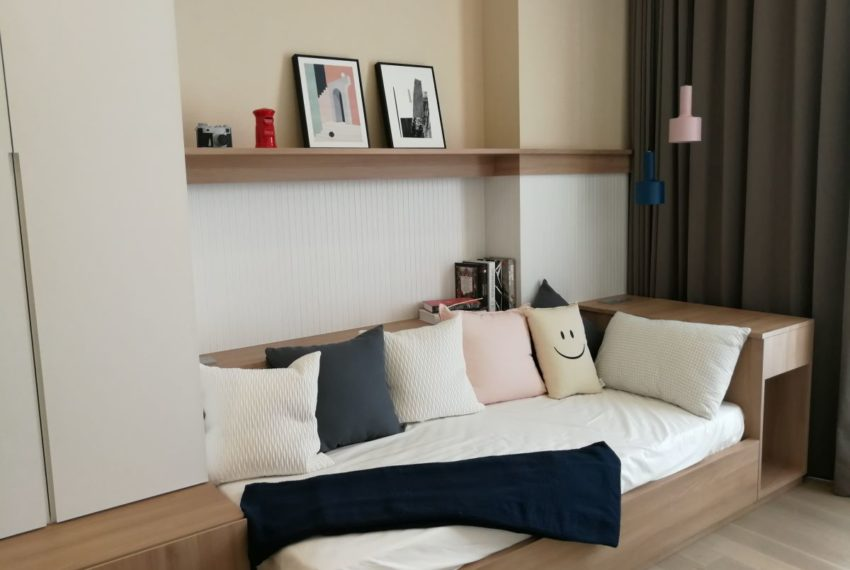 Esseasoke21FL_2b2b_Bedroom1.1