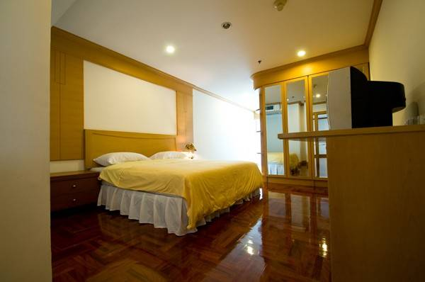 GM tower 3bedrooms rent - king size bed