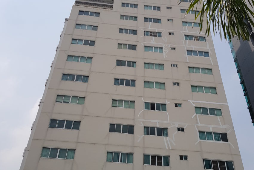 Grand Parkview Asoke - building