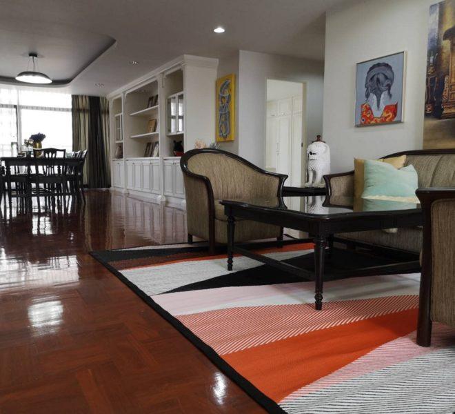 Large apartment for rent at Sukhumvit 23 - 3-bedroom - mid-floor - Grand Ville House 2 condominium in Asoke