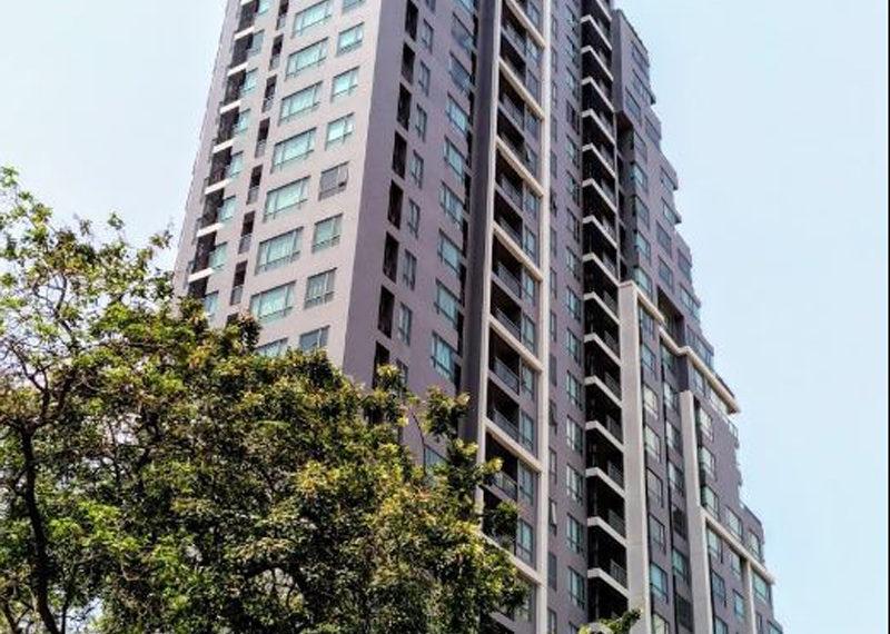 H Sukhumvit 43 condo - high-rise