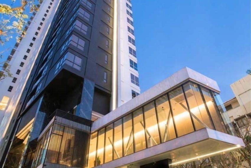 HQ Thonglor by Sansiri condominium - building