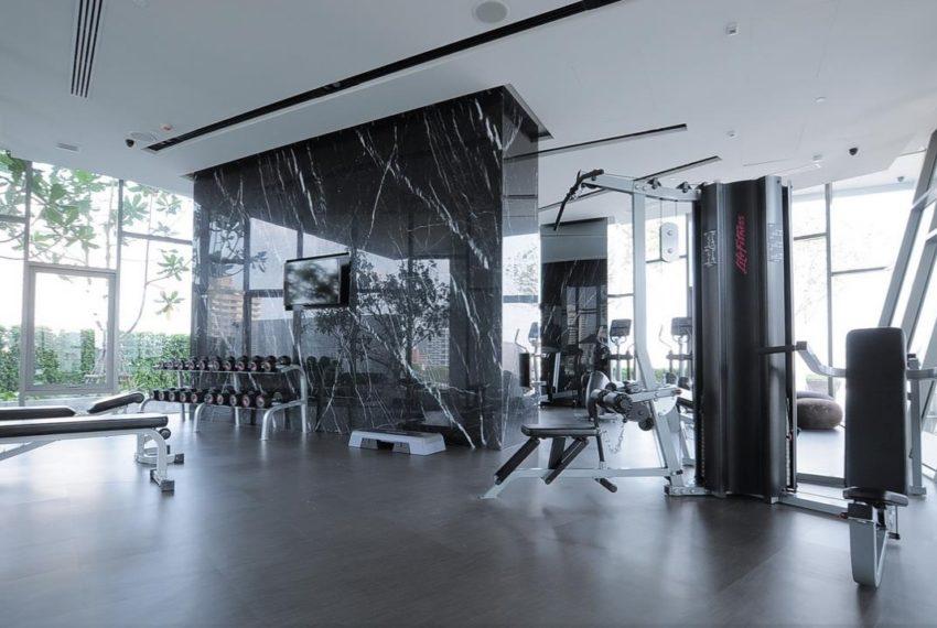 HQ Thonglor by Sansiri condominium - gym