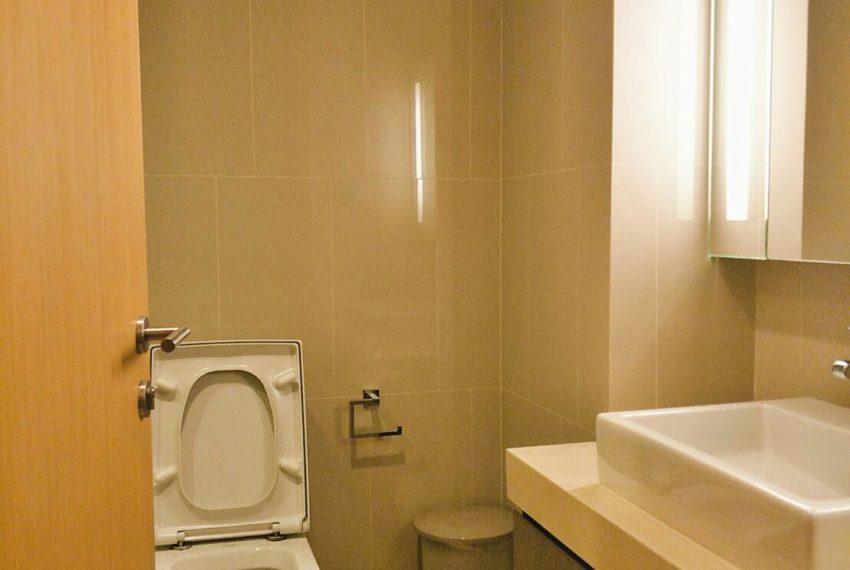 HYDE-SALES-bath room1