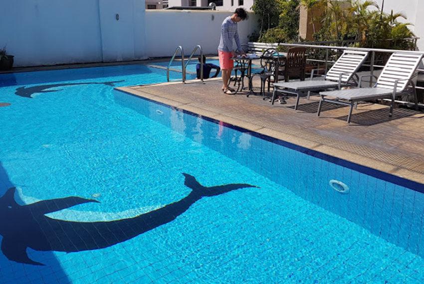 Harmony Living Sukhumvit 15 condo - pool