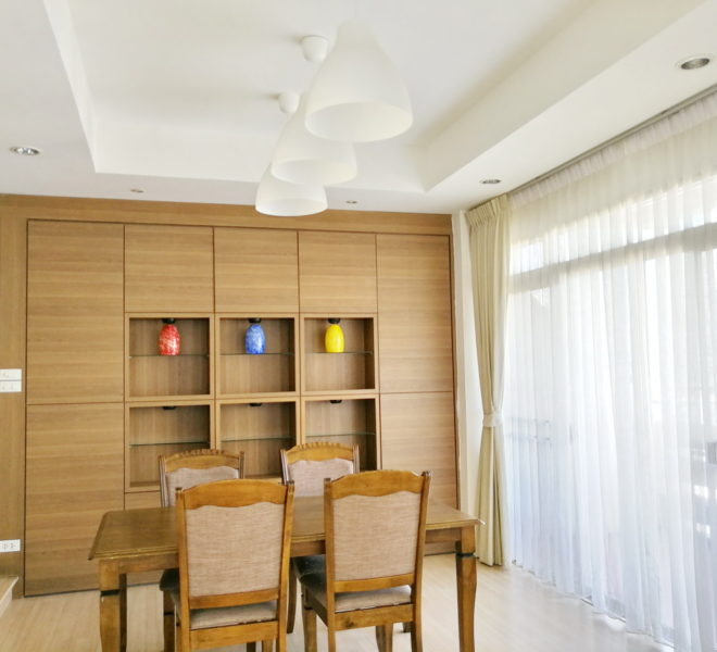 Large Sukhumvit Flat  For Rent Near Nana BTS - 3 bedroom - mid floor - The Heritage Condominium