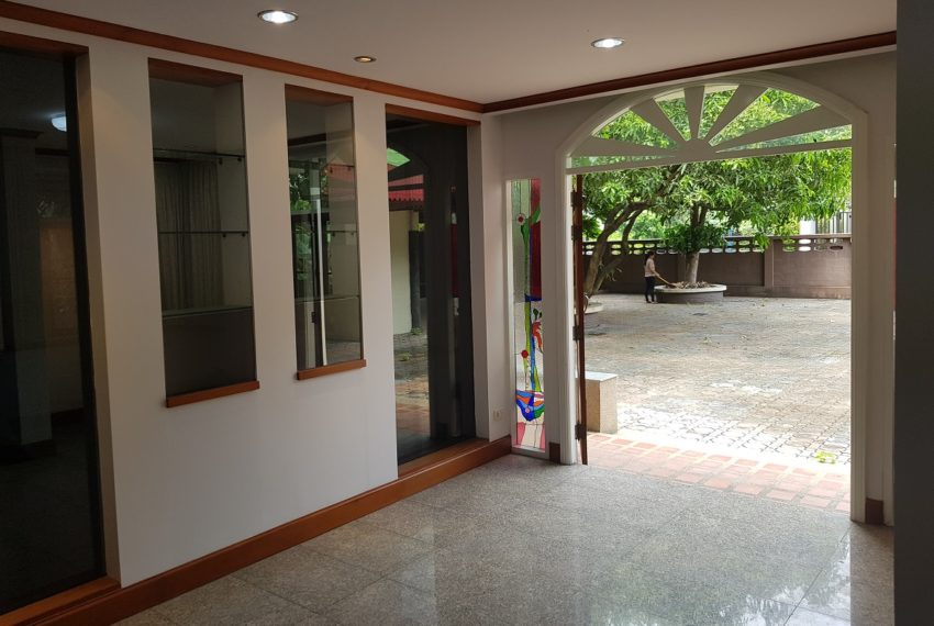 House in Sukhumvit 14 for rent - guest room
