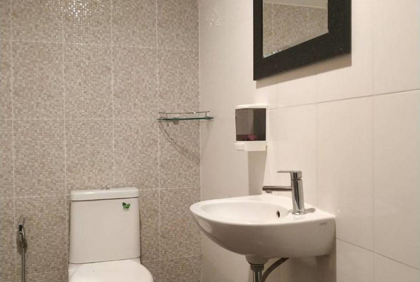 HouseSK36_Bathroom_Rent