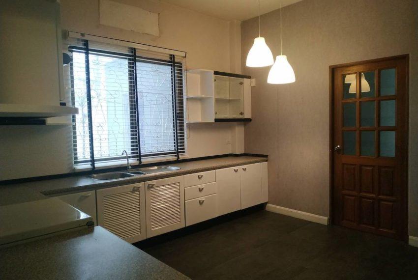 HouseSK36_Kitchen_Rent