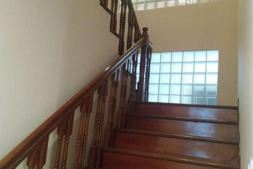 HouseSK36_Ladder_Rent