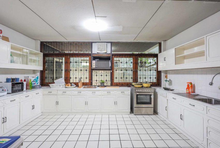 HouseSK38_Kitchen_Rent