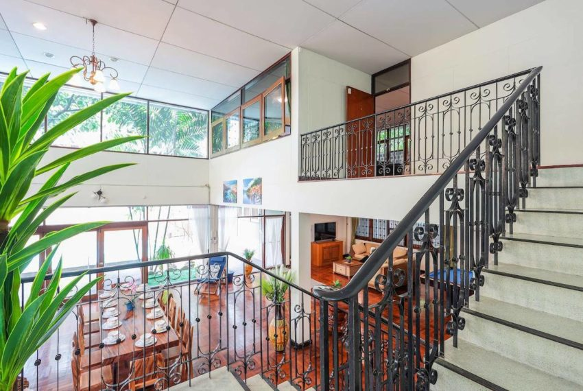 HouseSK38_Livingroom_Rent