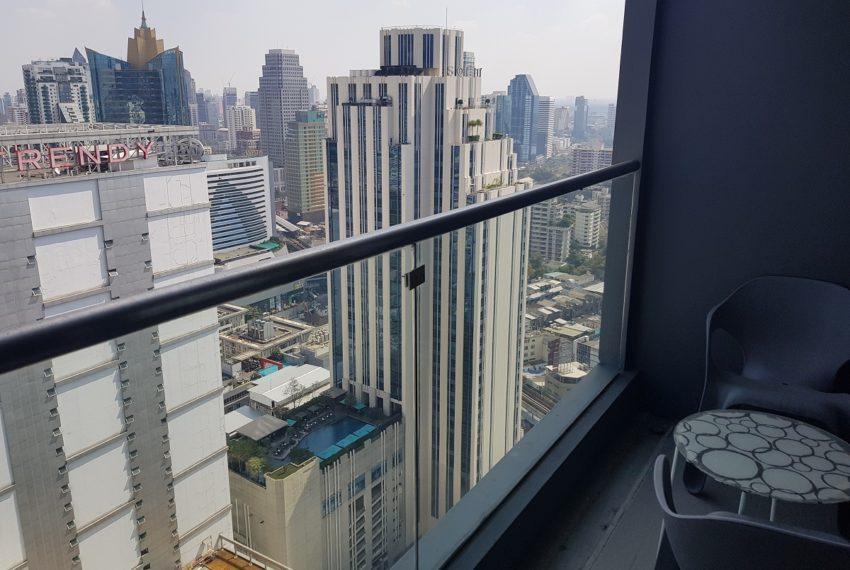 Hyde Sukhumvit 13 - 2 bedroom sale high floor - balcony