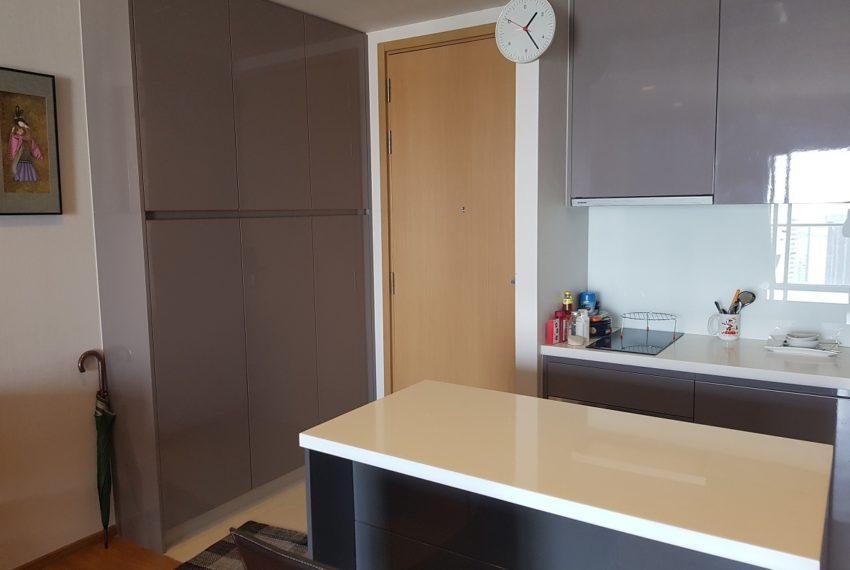Hyde Sukhumvit 13 - 2 bedroom sale high floor - dinning