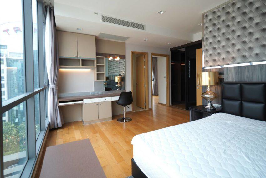 Hyde Sukhumvit 13 2-beds rental - large windows